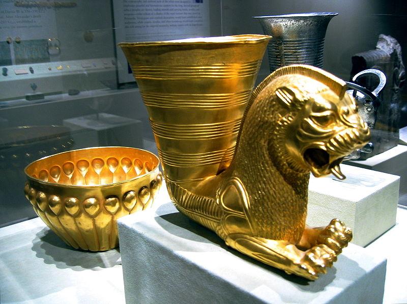 آموزش دفینه یابی و پیدا کردن گنج و زیرخاکی و عتیقه های گرانبهای طلا و گنجینه و خزانه های پادشاهی