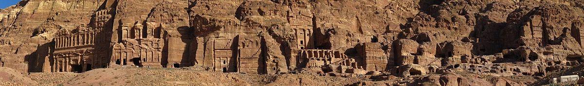 معرفی و آشنایی با شهر تاریخی و باستانی پترا در کشور اردن با عکس