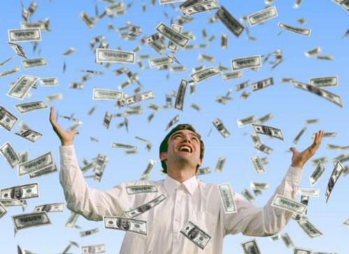چگونه میتوان با قانون جذب پول و ثروت زیاد جذب کرد؟ تجربه افراد پولدار و ثروتمند از قانون جذب