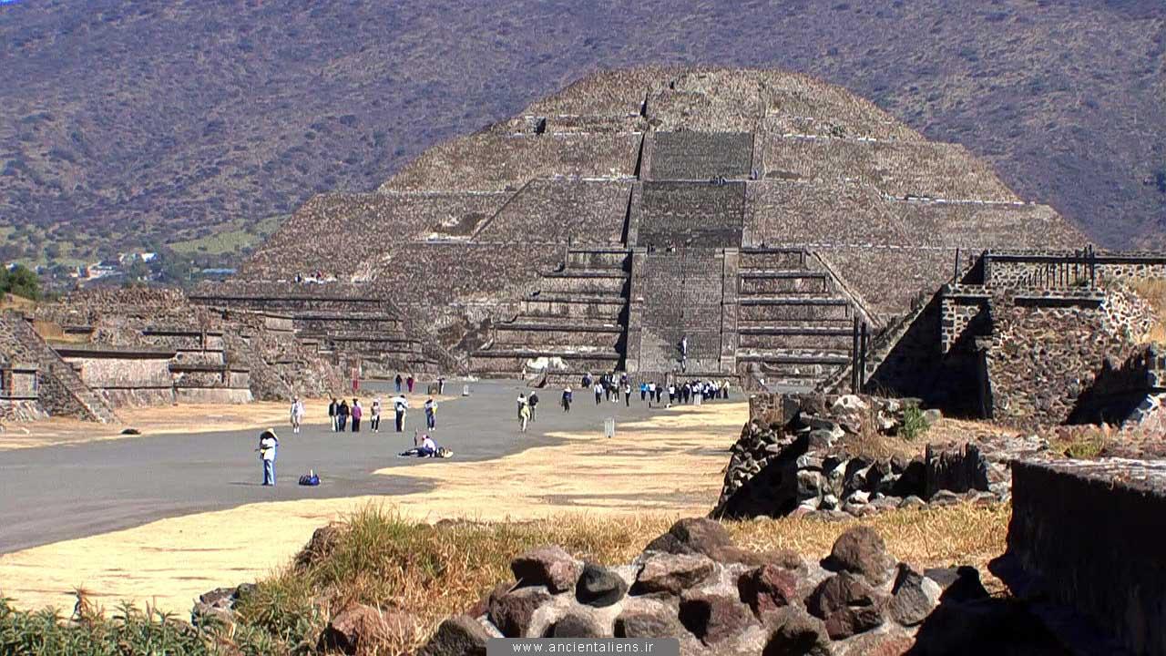 اسرار اهرام مصر سازه های غول پیکر و فرازمینی ها قدیمی ترین و بزرگترین هرم های دنیا