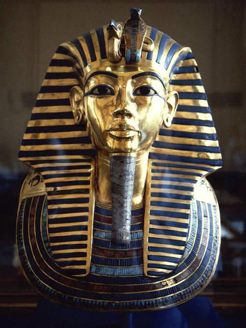 جادو و نفرین توتانخامون یازدهمین فرعون مصر باستان با گنجینه ای از کوه طلا و گنج