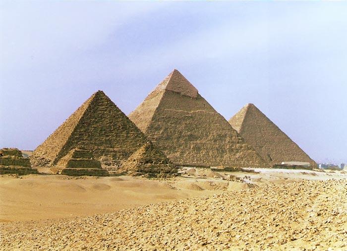 تصاویر و عکس مکانهای شگفت انگیز باستانی و تاریخی از شهر باستانی تخت جمشید تا اهرام مصر و تاج محل