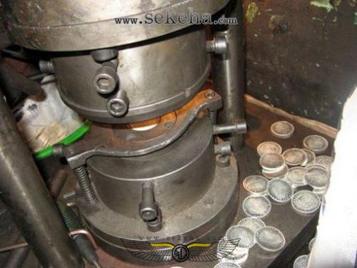 کلاهبرداری افراد سودجو با ضرب تقلبی سکه های کمیاب