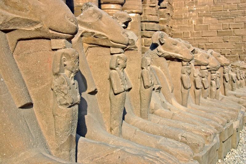 عکس های دیدنی معبد کرنک مصر باستان بزرگترین مکان مذهبی باستانی در جهان معابد و پرستشگاه باستانی شگفت انگیز در سرزمین فراعنه مصر
