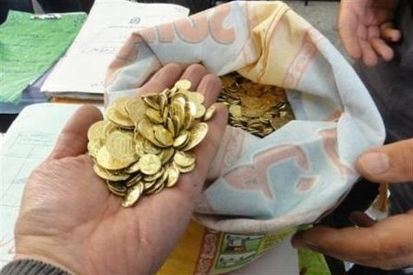چگونه میتوان سکه های تقلبی را از سکه اصل و ضرب سکه جعلی را تشخیص داد / عکس