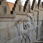 هنر تزئینات معماری کاخ های هخامنشی در عصر سلطنت كوروش و داریوش