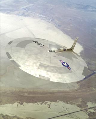 آیا بشقاب پرنده ها واقعیت دارند؟ درباره یوفو – UFO سفینه های فضایی