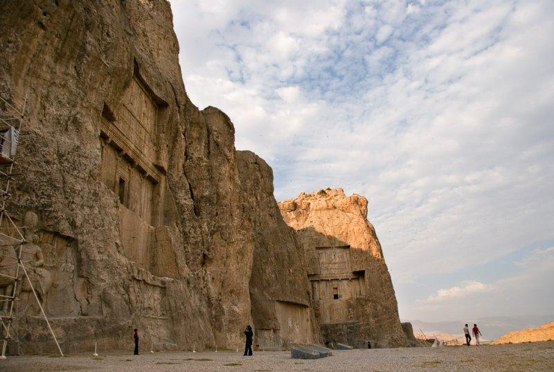 عکسهای آثار تاریخی و باستانی دوران هخامنشیان و نقش رستم در شهرستان مرودشت