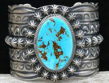 راز استفاده پادشاهان و ملکه ها از تاج چیست؟پادشاهان چگونه از انرژی سنگهای روی تاج استفاده میكردند؟ یك سنگ چگونه میتواند انرژی داشته باشد؟
