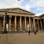 آثار باستانی و گنجینه های بزرگ تاریخی و هنری ایران در کدام موزه ها نگهداری می شوند ؟