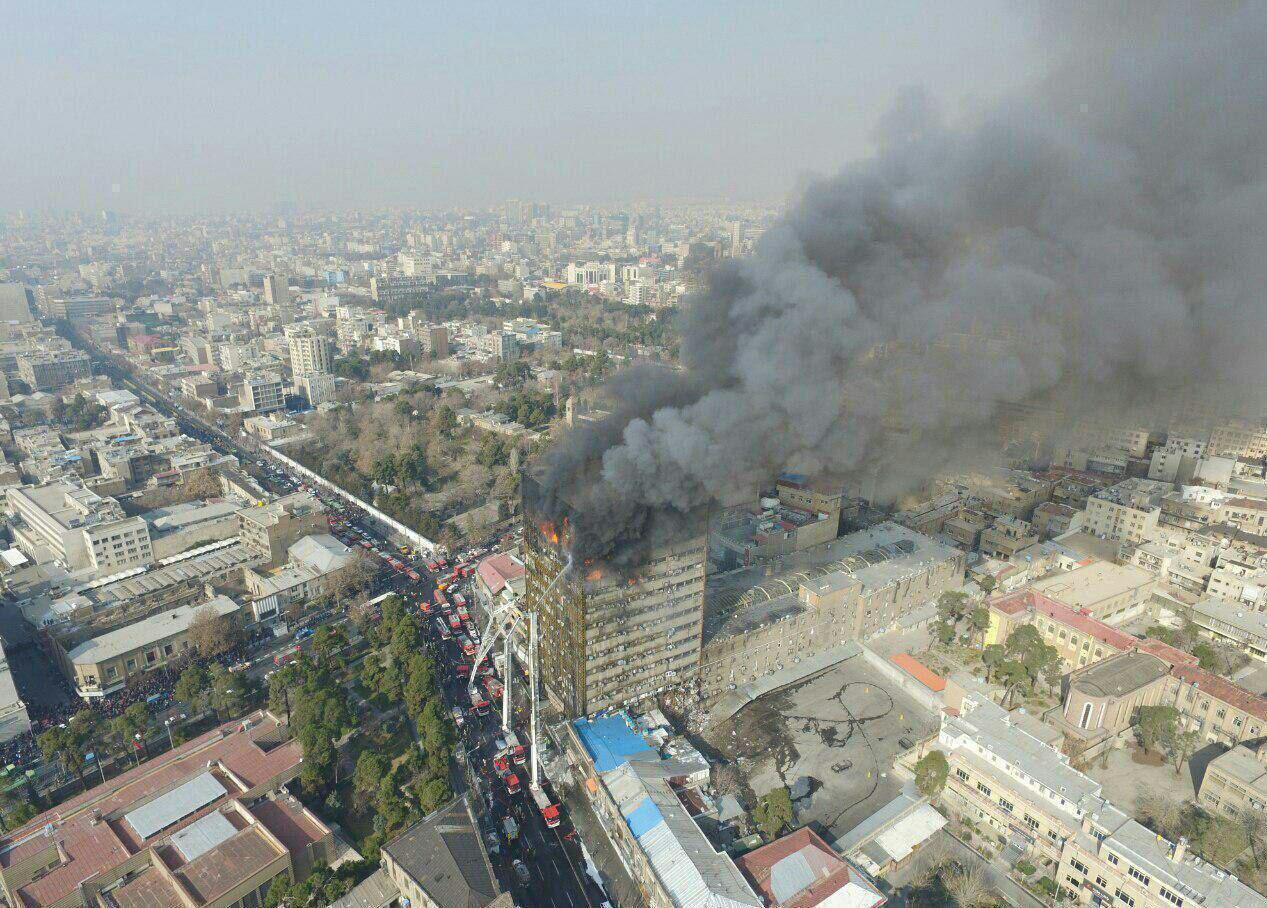 گزارشی از آتش سوزی و تخریب ساختمان پلاسکو - تهران آمادگی برای مقابله با بحران را ندارد