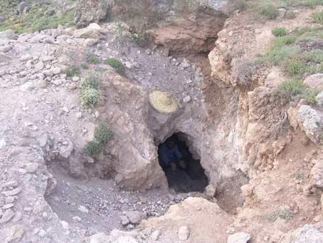 ماجرای کاوش گنجهای پنهان و آثار و علائم و نشانه های گنج و دفینه در مناطق کوهستانی