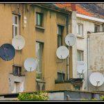 حکم شرعی تماشای شبکه های ماهواره ای خريد و فروش ديش (بشقاب) ماهواره از نظر مراجع تقلید