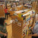 تعبیر خواب دیدن کتاب فروشی، معنی کتاب فروشی در خواب