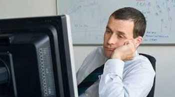 تأثیر تنفر از کار بر کاهش بهره وری و رضایت مندی خود و دیگران و بروز رفتار منفی