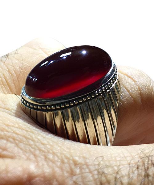 عکس انگشتر یمنی عقیق سرخ کهنه بسیار خوش دست و زیبا سری 2