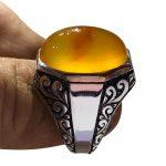 عکس انگشتر عقيق زرد رنگ يمنی كهنه آبدار خوش دست و زیبا