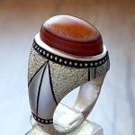 انگشتر عقیق سه پوست یمنی رکاب نقره دست ساز با ابزار زیبا + عکس و قیمت